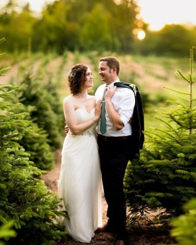Annemarie Juhlian, South Sound Wedding Officiant and Minister - happy married couple
