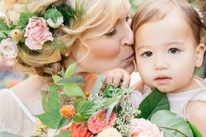 Annemarie Juhlian, South Sound Wedding Officiant and Minister - Bride kissing beautiful child