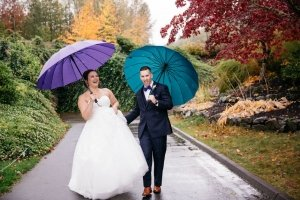 Annemarie Juhlian, South Sound Wedding Officiant and Minister - couple in the rain